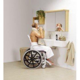 Silla de ducha autopropulsable 'Clean' - Ayudas dinámicas