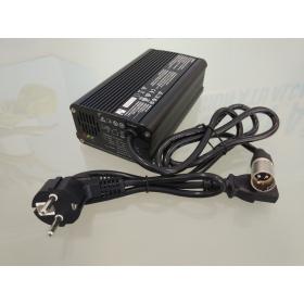Cargador 8A 24V para baterías de scooter y silla eléctrica - Ortoespaña