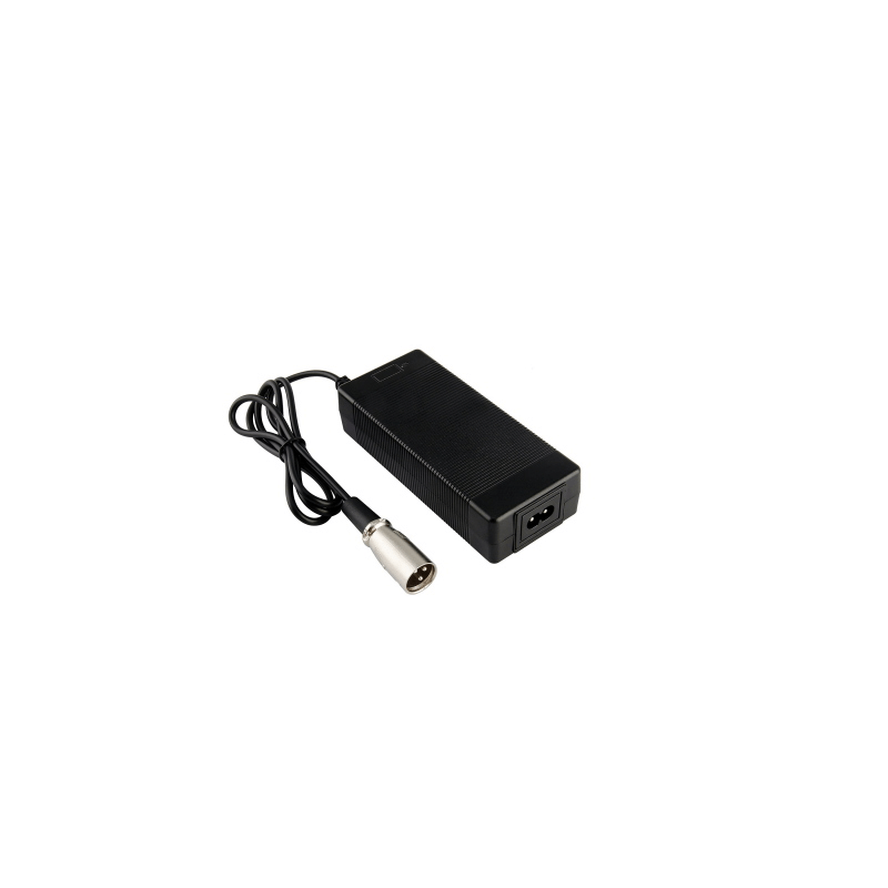 Cargador de baterías para Scooter eléctrico ANTARES 3 y 4 ruedas de 2A - 24V