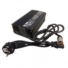 Cargador de baterías para Scooter eléctrico LEO 3 y 4 RUEDAS de 6A - 24V - Ortoespaña