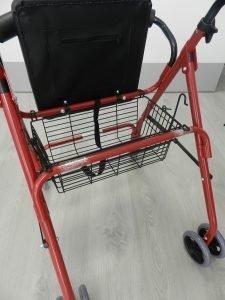 andador-4-ruedas-con-asiento-y-cesta