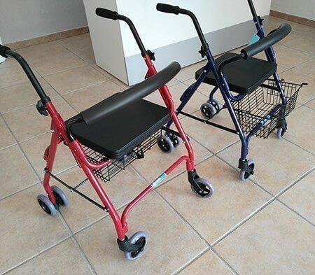 Andadores de 4 ruedas con cesta