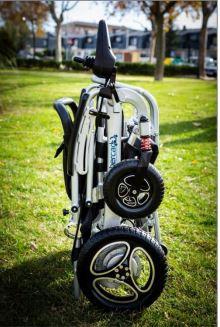 silla-ruedas-electrica-aura-plegado